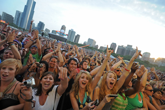 celebration_festivals_lolla